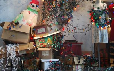 Advantages of making use of a small storage unit for the Christmas season